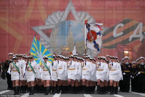 Xem quân đội Nga rầm rập luyện tập chuẩn bị duyệt binh - 9
