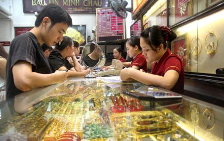 Giá vàng tuần tới: Chuyên gia nói giảm, nhà đầu tư bảo tăng - 1