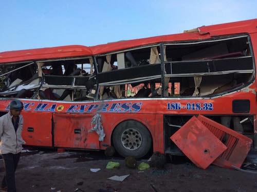 Ảnh: Hiện trường vụ tai nạn thảm khốc ở Gia Lai - 2