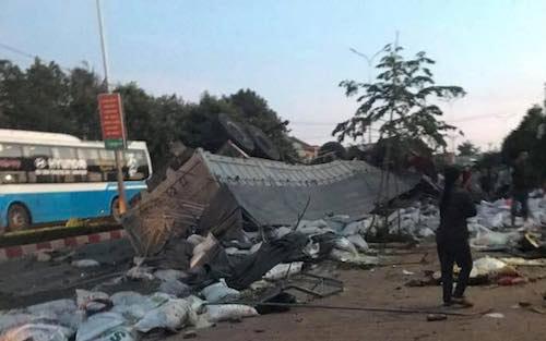 Ảnh: Hiện trường vụ tai nạn thảm khốc ở Gia Lai - 6