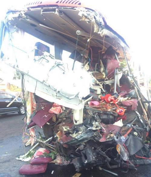 Ảnh: Hiện trường vụ tai nạn thảm khốc ở Gia Lai - 9