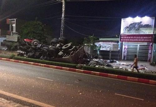 Ảnh: Hiện trường vụ tai nạn thảm khốc ở Gia Lai - 10