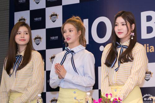 Nhóm nữ Hàn quá xinh khiến fan Việt phát cuồng - 1
