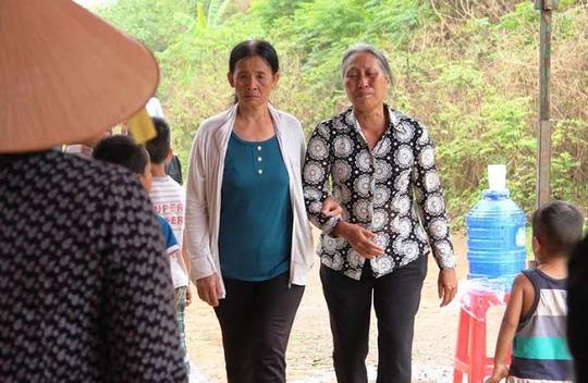 Vụ tai nạn ở Gia Lai: Chồng chết, vợ trọng thương trên đường về chịu tang mẹ - 1