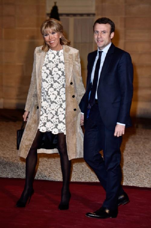 Hơn chồng 24 tuổi, vợ ứng viên Tổng thống Pháp vẫn trẻ bất ngờ - 8
