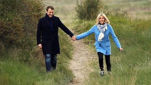 Hơn chồng 24 tuổi, vợ ứng viên Tổng thống Pháp vẫn trẻ bất ngờ - 10