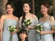 Đi đám cưới, Lưu Diệc Phi gợi cảm lấn át cả cô dâu