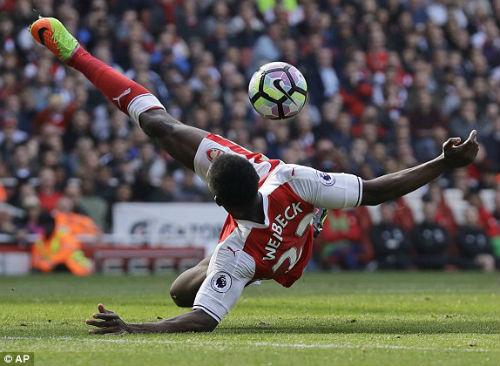 "Đại chiến Arsenal - MU: Wenger thoát ""lời nguyền"" Mourinho - 5"