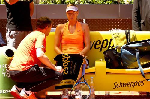 """Sharapova đụng """"kẻ thù"""": Định đoạt vé tới Roland Garros? - 2"""