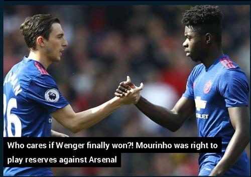 Sợ thua Europa League, fan MU đòi đuổi luôn Mourinho - 4