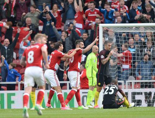 Chelsea – Middlesbrough: Ưỡn ngực gõ cửa thiên đường - 1