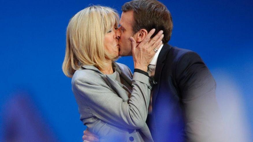 """Tân Tổng thống Pháp và mối tình """"cô trò"""" như phim với vợ hơn 24 tuổi - 1"""