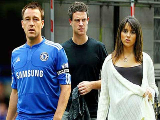Hận thù trăm năm: Huyền thoại Chelsea và cú