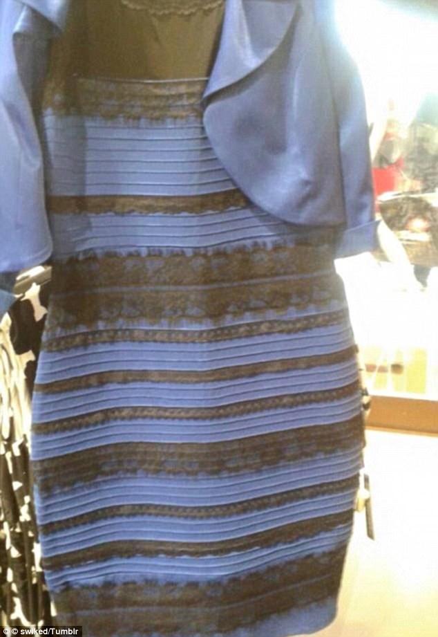 """Chiếc váy """"thần thánh"""" vàng trắng - xanh đen lại """"gây sốt"""" dân mạng - 1"""