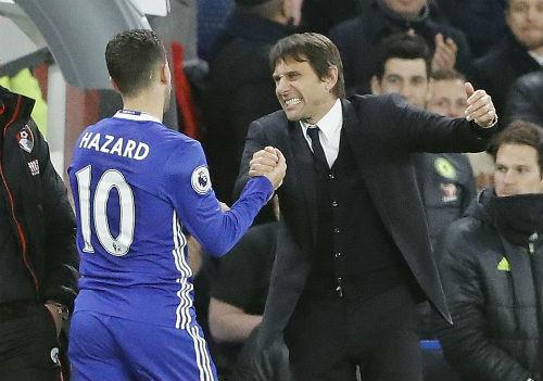 """Sợ Barca cuỗm mất, Chelsea chiều Conte như """"bố già"""" - 1"""