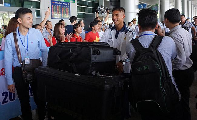 Đến Việt Nam, đàn em Messi sẵn sàng đấu Công Phượng & U20 VN - 3