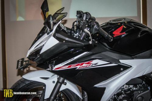 2017 Honda CBR150R mới ra mắt mạnh hơn, đẹp hơn - 2