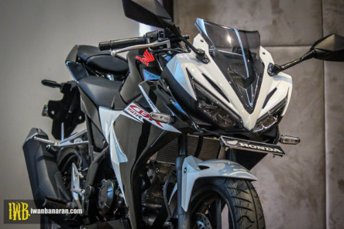 2017 Honda CBR150R mới ra mắt mạnh hơn, đẹp hơn - 3