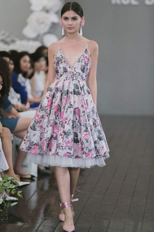 Dàn mẫu Việt quá gợi cảm với váy áo mỏng như sương - 15