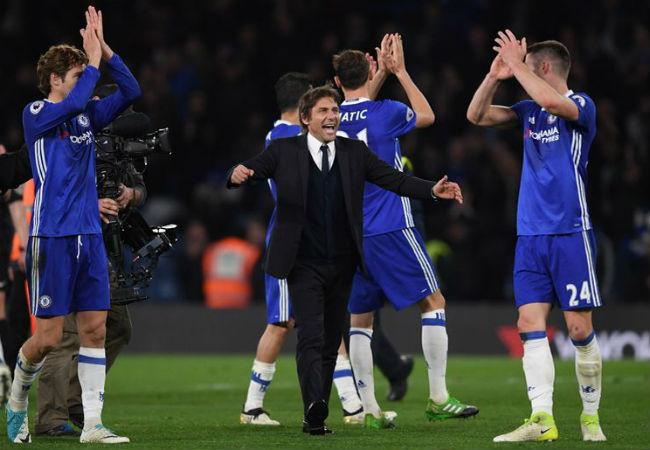 """Chelsea thắng """"3 sao"""", Conte tự tin vô địch sớm - 1"""