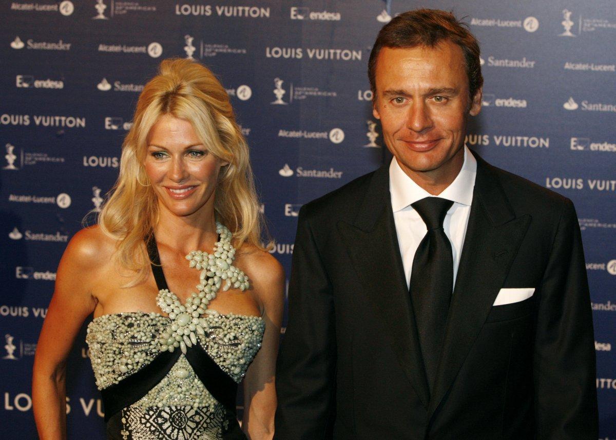 Chuyện ít biết về nữ tỷ phú giàu nhất nước Anh - 13