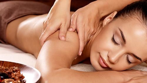 Nghiên cứu mới khẳng định lợi ích của mát-xa với đau lưng - 1