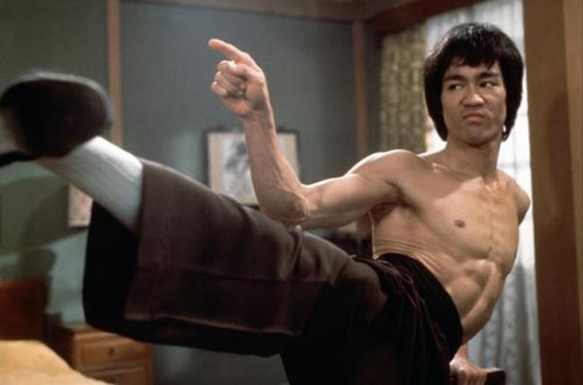"""Lý Tiểu Long """"cha đẻ MMA"""": 2 đòn là Từ Hiểu Đông nằm - 1"""