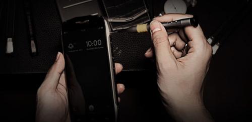 """Khám phá siêu phẩm smartphone """"đóng đinh thay búa"""" - 3"""