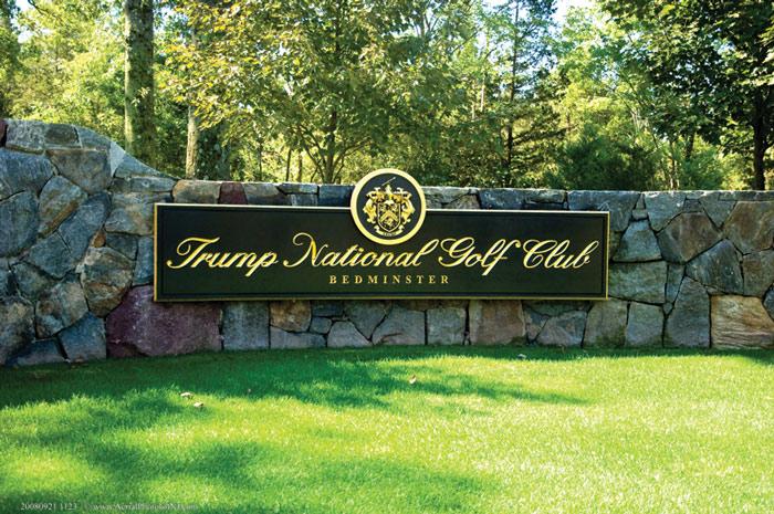 Dạo 1 vòng sân golf đặc biệt của Tổng thống Trump - 3