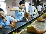 Tài chính - Bất động sản - 86% lao động dệt may, da giày nguy cơ thất nghiệp