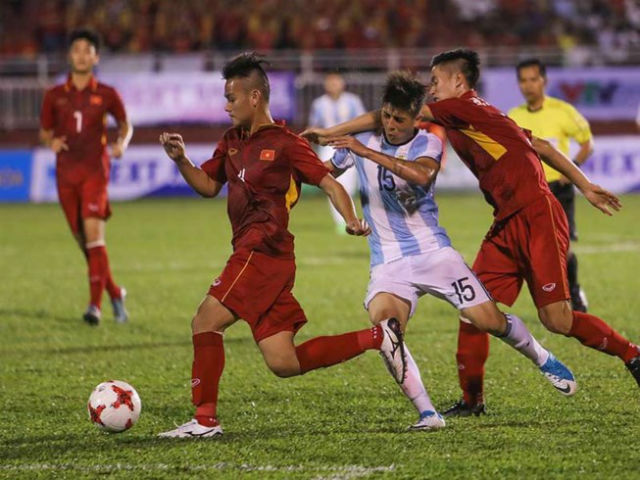 Tranh cãi về 'điểm rơi' ở đội U20 Việt Nam