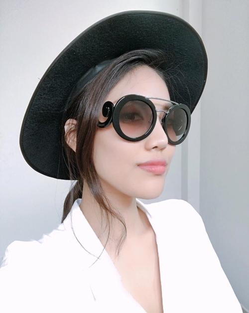 Choáng khi mỹ nhân Việt tháo bỏ kính râm - 9