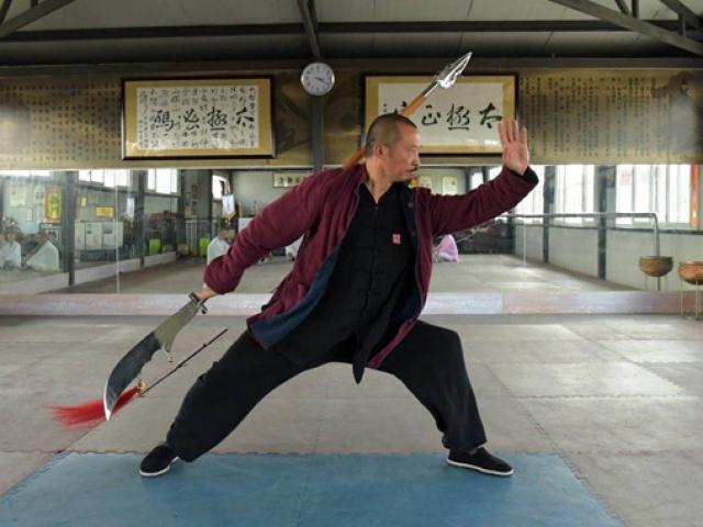 """Bị MMA sỉ nhục: """"Hậu duệ Quan Vân Trường"""" đòi đấu Từ Hiểu Đông"""