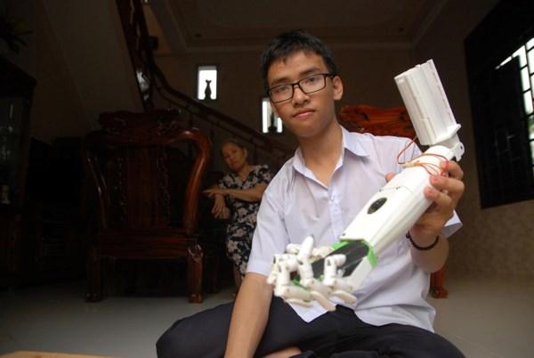 Nam sinh Quảng Trị đi thi quốc tế đã được cấp visa - 1