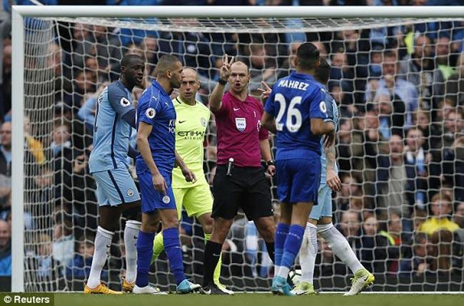 Man City đi cúp C1 nhờ cú đá 11m sai luật kì quặc - 3