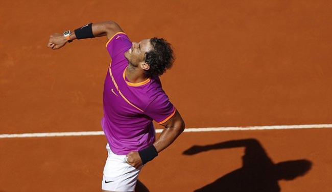 """Nadal """"đấm gió"""", Djokovic choáng với quyền lực đất nện - 1"""