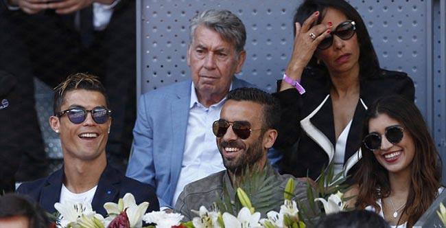 """Nadal """"đấm gió"""", Djokovic choáng với quyền lực đất nện - 6"""