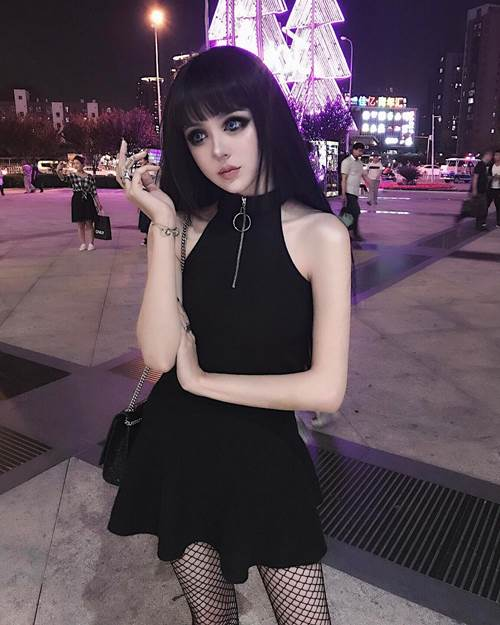 """Phát sốt với """"búp bê sống"""" xinh đẹp nhất Trung Quốc - 5"""