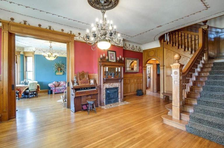 Biệt thự cổ gần 130 tuổi đẹp như tranh vẽ - 4