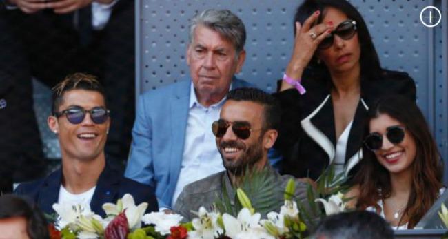 Djokovic đuổi bóng như bắt gà, Ronaldo cười hả hê vì Nadal - 3