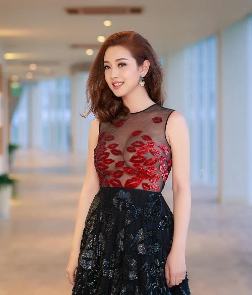 Sau mốt không nội y, Jennifer Phạm tiếp tục mặc hút mắt - 6