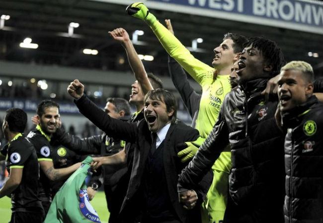 Chelsea vô địch ngoại hạng Anh: Conte vớ bẫm 200 triệu bảng - 1