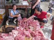 Tin tức trong ngày - Chủ sạp thịt lợn xin giảm tội cho 2 phụ nữ hắt dầu luyn