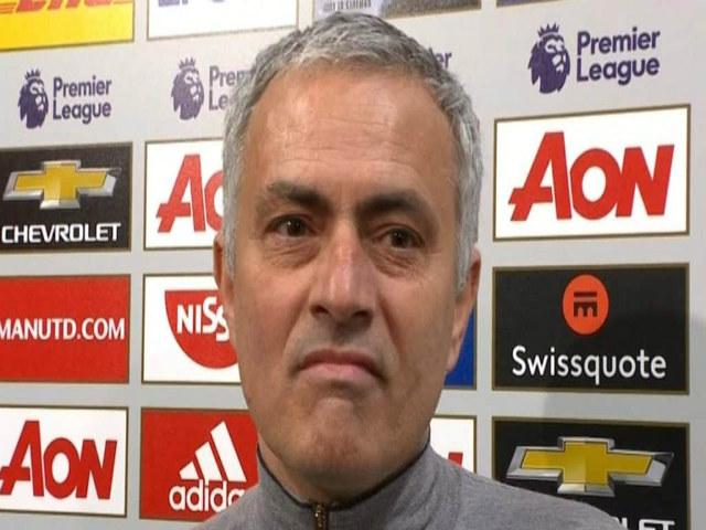 """MU chính thức """"TẠCH"""" Top 4, Mourinho vẫn """"già mồm"""""""