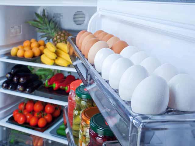 Lý do bạn tuyệt đối không nên để trứng ở cánh tủ lạnh