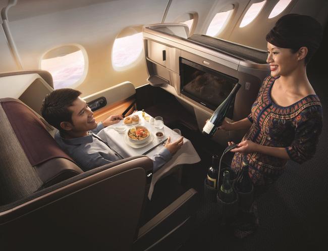 """""""Choáng"""" với khoang VIP có giá 372 triệu/vé của hãng hàng không Singapore Airlines - 13"""