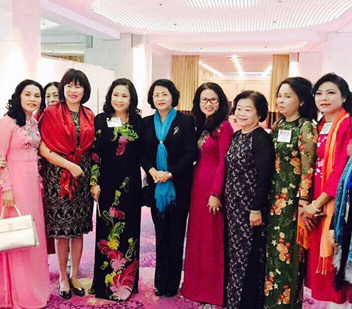 ATZ Healthylife tham dự Hội nghị Thượng đỉnh Phụ Nữ Toàn Cầu - 3