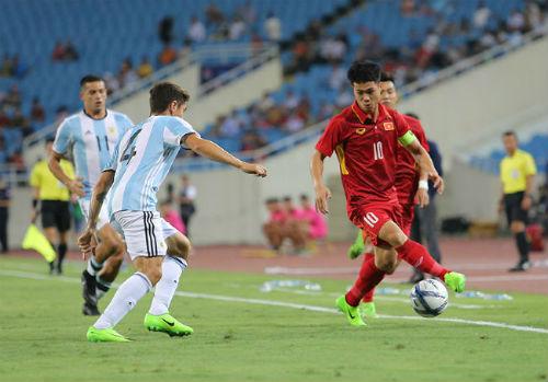 6 tỉ mời U-20 Argentina đắt hay rẻ? - 1