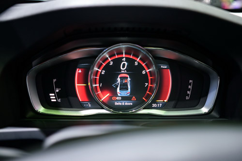 Volvo S60 Polestar: Sedan hạng sang giá 1,4 tỷ đồng - 9
