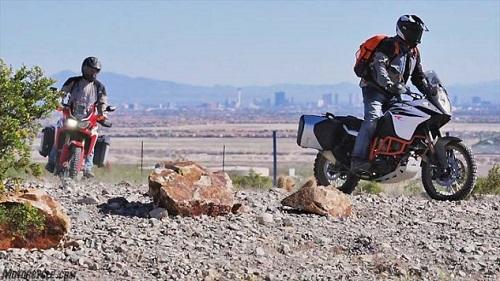 Lựa chọn KTM 1090 Adventure R hay Honda CRF1000L Africa Twin? - 5